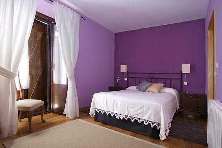 Nueva tendencia: pintar de dos colores una habitación | Pinturas Real